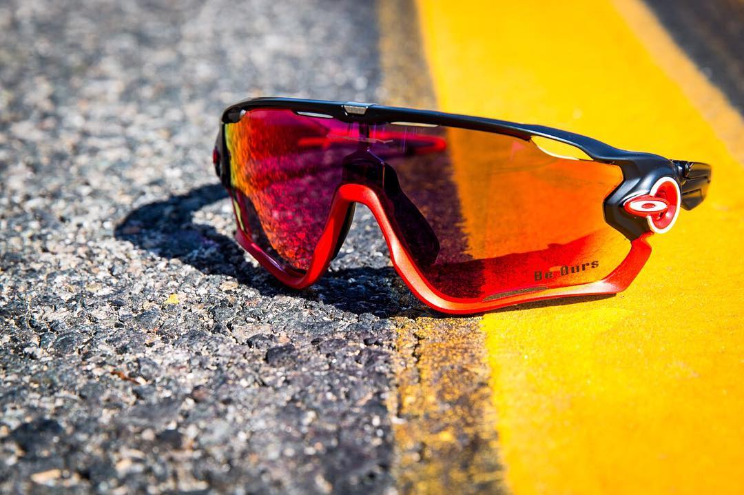 Make your heart race. #ValentinesDay #OakleyCustom