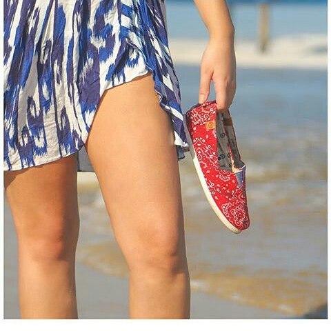 Ese placer de caminar en la arena... #perkyshoes #perkyxahi #misperky #lifestyle #urban #woman #girls #girl #playa #calor #sanvalentin