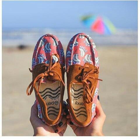 Tu par perfecto  #perkyshoes #lifestyle #ocean #perkyxahi #misperky #waves #surf #urban #fashion #skate #streetwear #travel #girls