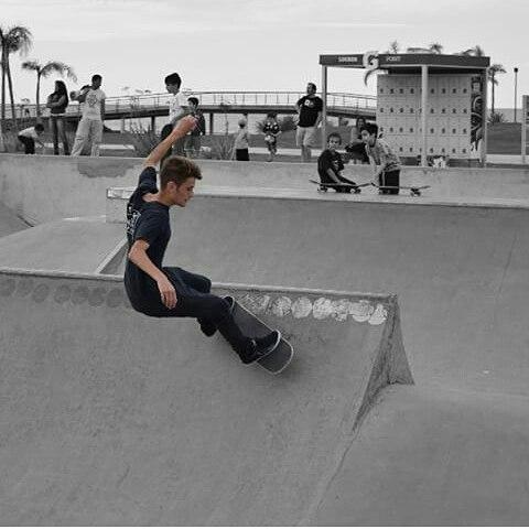 A rodar ph: @francolvega #perky #perkyshoes #skate #perkyxahi #superbowl #skatepark #Costanera #bsas #Bmx #lifestyle