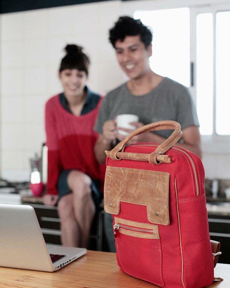 """#mochila13"""" #portanotebooks #portatecnologia #Pitimini #bagpack #techno ph @valemarkulin #losbunchus"""