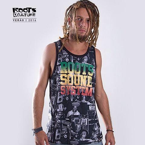 Regata QIX Roots Print Sound System - Verão 16. Disponível nas lojas de todo o Brasil.