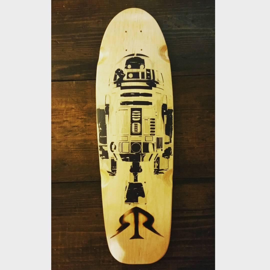 R2D2 looking classy! #starwars #r2d2 #kalayaan