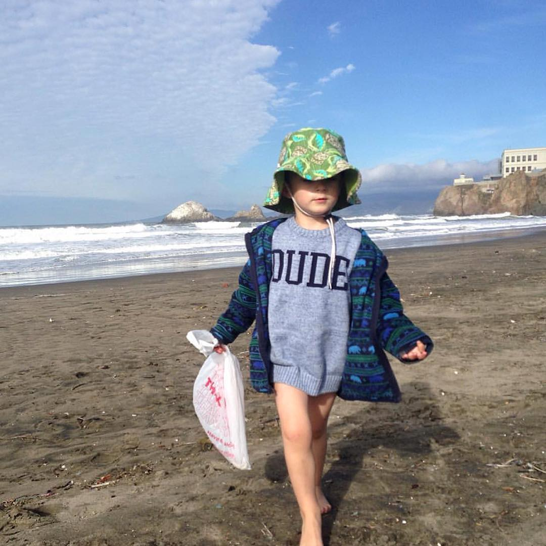 Take the pledge now to show your support of the California Statewide Ban on single-use plastic bags that was passed last year by Gov. Brown @surfrider. William, our youngest @sfsurfrider member would be so grateful. #SayNoToBigPlastic #CAvsBigPlastic...