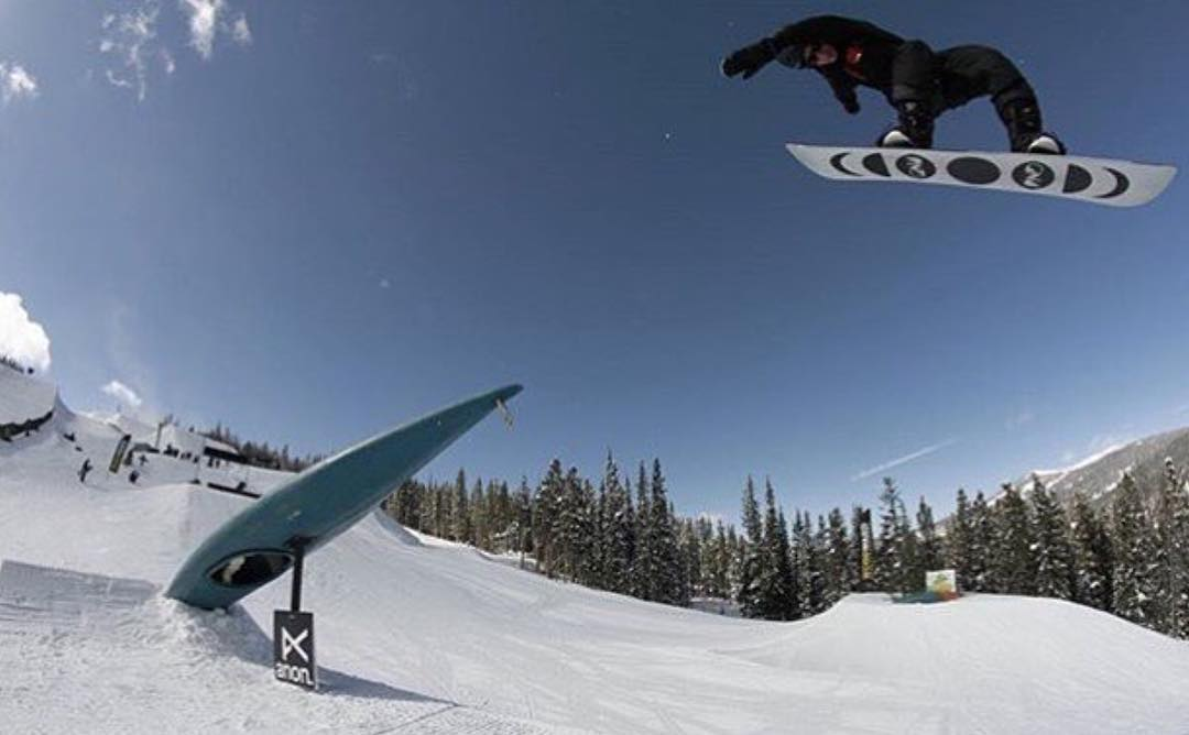 Mister Style himself Dylan ( @dylanoaktree ) just placed 3rd at the Burton Qualiers at @coppermtn this past week with tons of rad moves like this shifty BS 180