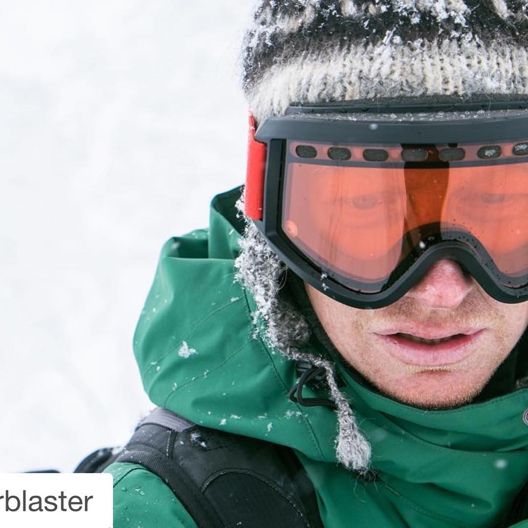 #Repost @airblaster #love for our friends at @airblaster | #donate your old goggles & #inspireyouth! Need a new pair of goggs that don't fog? Treat yourself to a pair of new classic Airblaster Air Goggles with anti-fog MILF technology and donate your...