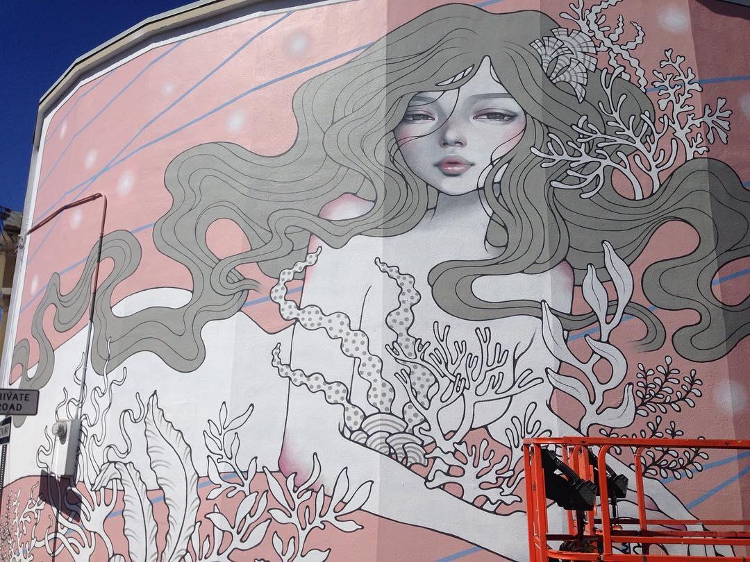 @audkawa • • Always beautiful. • • Big thanks to @powwowworldwide  @rvca @flexfit @montanacans @montanacans_usa @monsterenergy @nativeshoes @1xrun @thinkspace_art • #spratx #powwowhawaii #art #mural #Honolulu #hawaii #streetart #grafite #graffiti