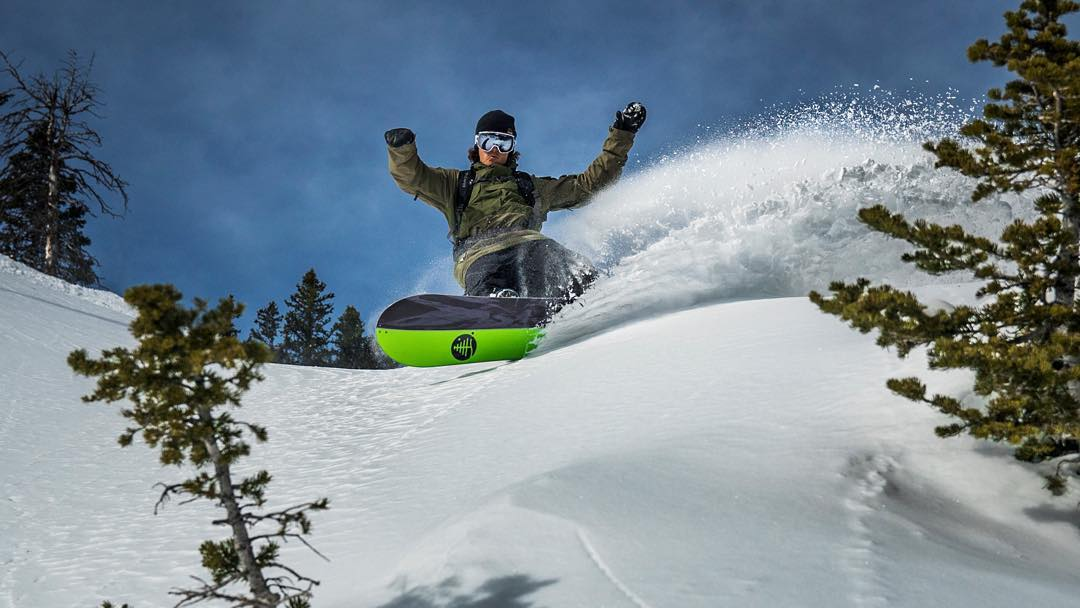 Arms up if you love fresh powder