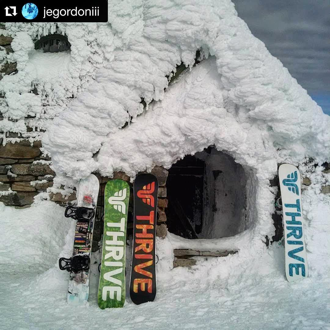 #vistahouse #northwestriders  @jegordoniii #thrivesnowboards