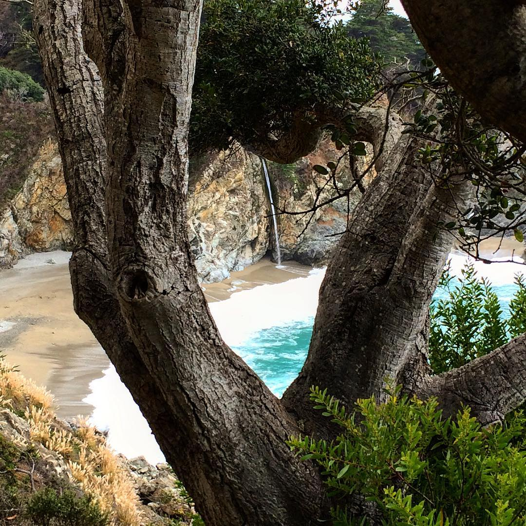 Can you spot the heart in this capture of one of the most beautiful beaches in Big Sur California? ulu LAGOON candles are the perfect gift for that special someone you heart for Valentine's Day.