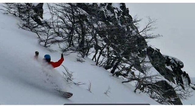 Mientras esperamos novedades de @keepjero desde España, hacemos un #tbt de #CerroBayo con las manos arriba! #ttt #stonearmy