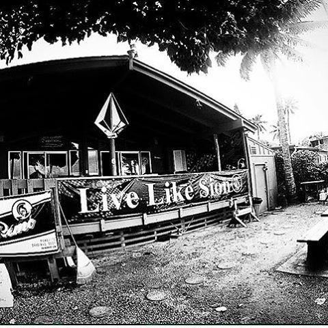 La vida en la isla, luego de una gran edición de #volcompipepro ph: @juanbacagianis el hombre que sabe capturar la vida de estos guerreros del agua #WelcometoWater #truetothis