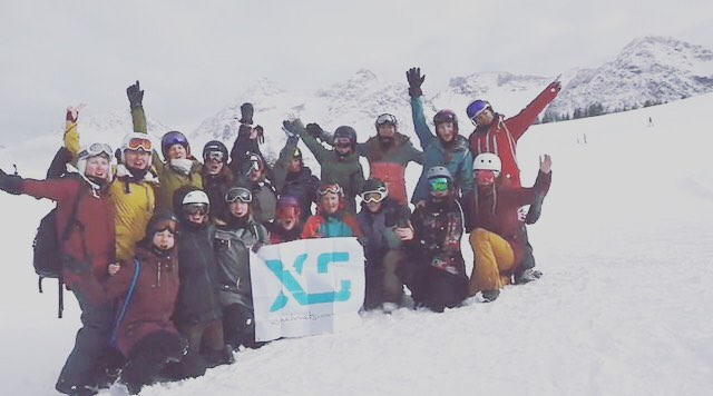 The @chixxsonboard Snowboard Freestyle Camp drew an excited bunch of girls together ready to hit the park and learn some new skills. Super happy to support this fun day on the mountain. Recap link in our bio! @snowparkarosalenzerheide @roxy...