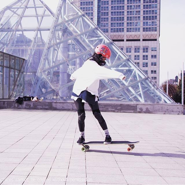 Even better together! We love that XS rider @pit_nara is riding the @longboardgirlscrew board! Shout out to @victors_boardshop in #Korea for the support
