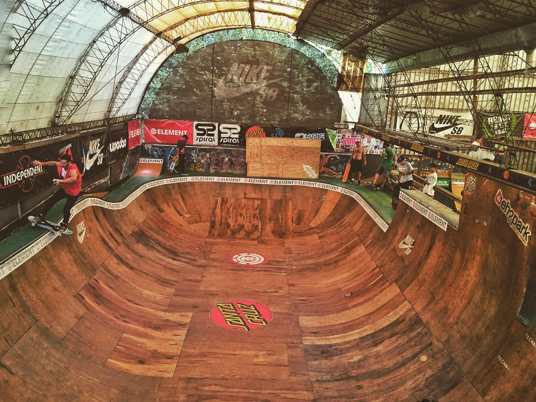 Parklife.  #skateboarding #streetboard