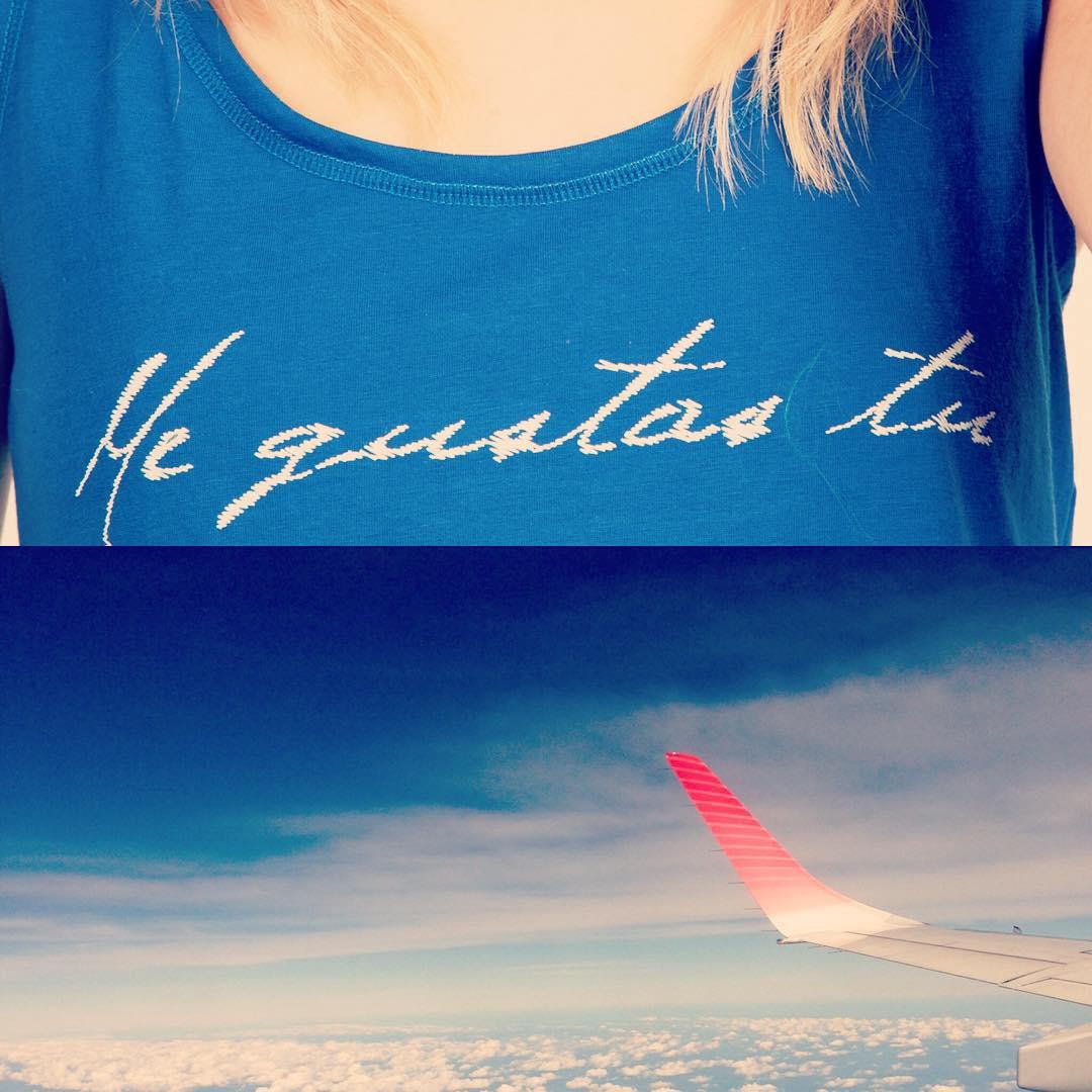 #chilimango #chili #sea #sun #surf #swell #summer #surfing #surfers #sunset #travel #trip #viajar #surfgirl #girls #womensfashion #megustas #music #loveistodo  Me gustan los aviones, me gustas tu.  Me gusta viajar, me gustas tu.  Me gusta la mañana, me...