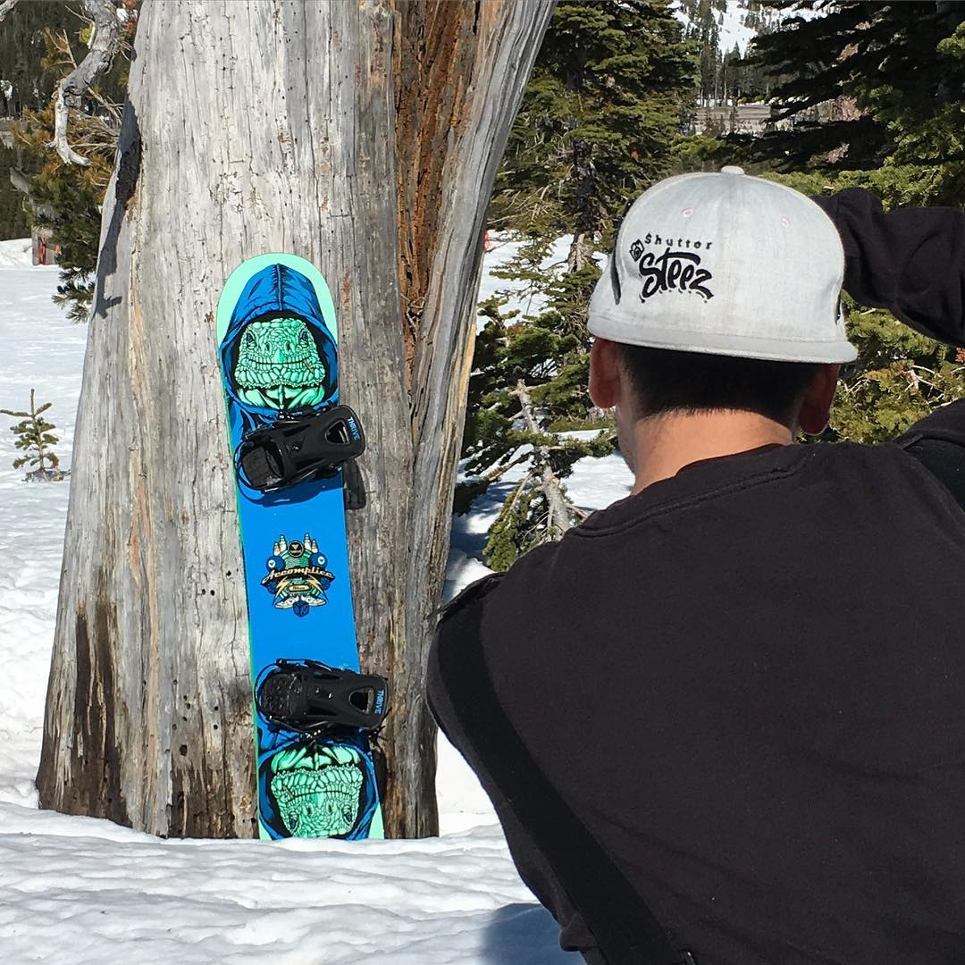 @borealmtn #productshots @shutter_steez #thrivesnowboards #accomplice #thriveconduit
