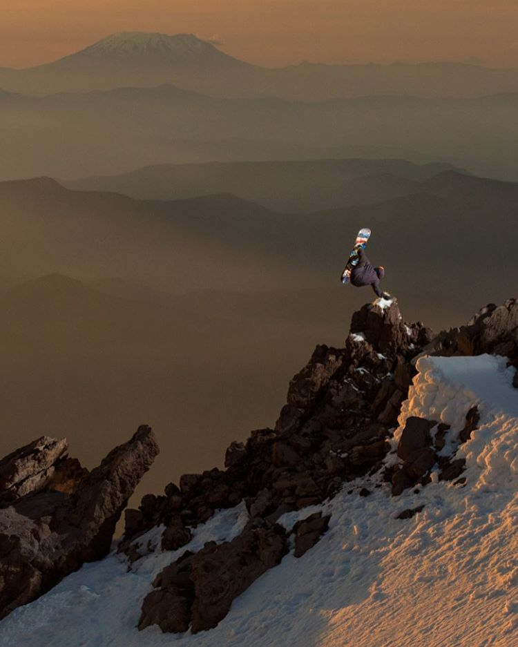 #Sunset on #MtHood with @chrisrasman |