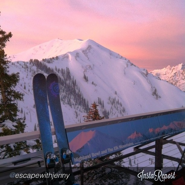 "A regram by @escapewithjenny ""Started the day here with a #highlandbowl #sunrise and my #custommade #folsomskis  #grateful @aspensnowmass"" via"