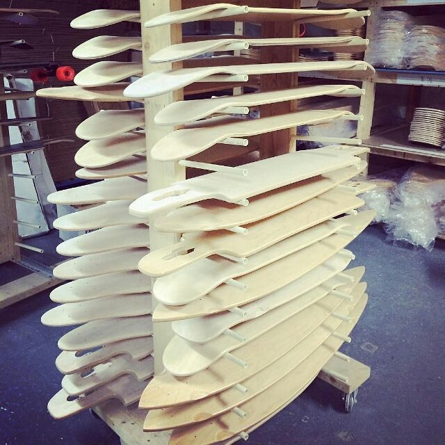#Repost @longboard4us ・・・ This is where all the magic happens! Thanks for being supportive @restlessboards ! Un gros merci à mon sponsor! #longboard4us #longboard #deck #longboarddeck #underconstruction #creation #skateboard #skatelife #canadianwood...