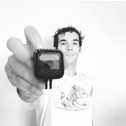 Vení por tu remera #featuredArtist por @viktornash como @sandromoral En nuestra línea #FA vas a encontrar estampas realizadas por artistas nacionales e internacionales! #ss16 #truetothis