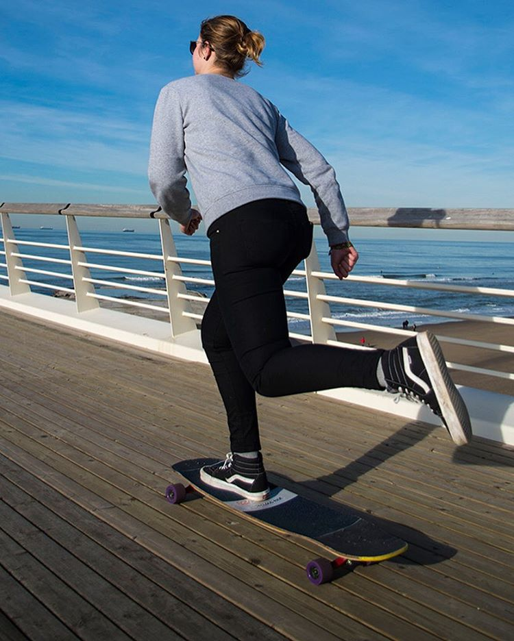 "Rosanne Steeneken (@rosanne_onboard) cruising the coastline on the Keystone 39"" (Photo by @gnar_mar_) #dblongboards #dbkeystone #longboard #longboarding #goskate"