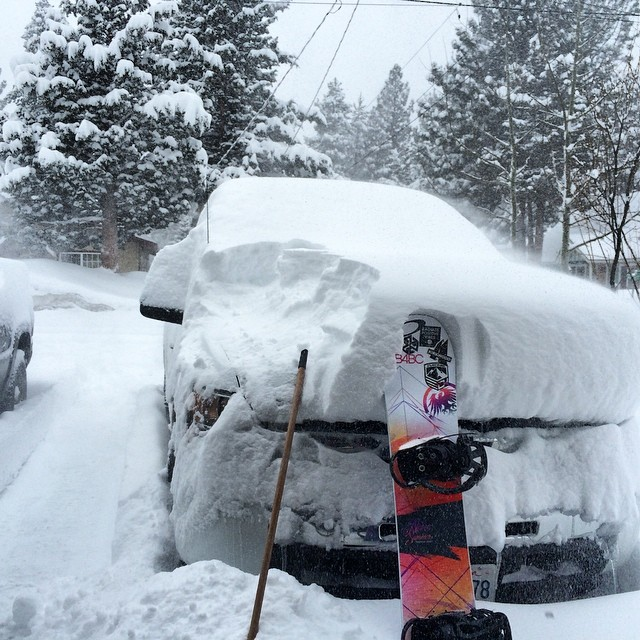 Ahhhhhh!!!!! It's back on in #Tahoe  it's going to be a great day! #paradise @neversummerindustries @avalon7 @oakley @dakine @epicbar @kirkwoodmtn #epicteam @stcrossfit