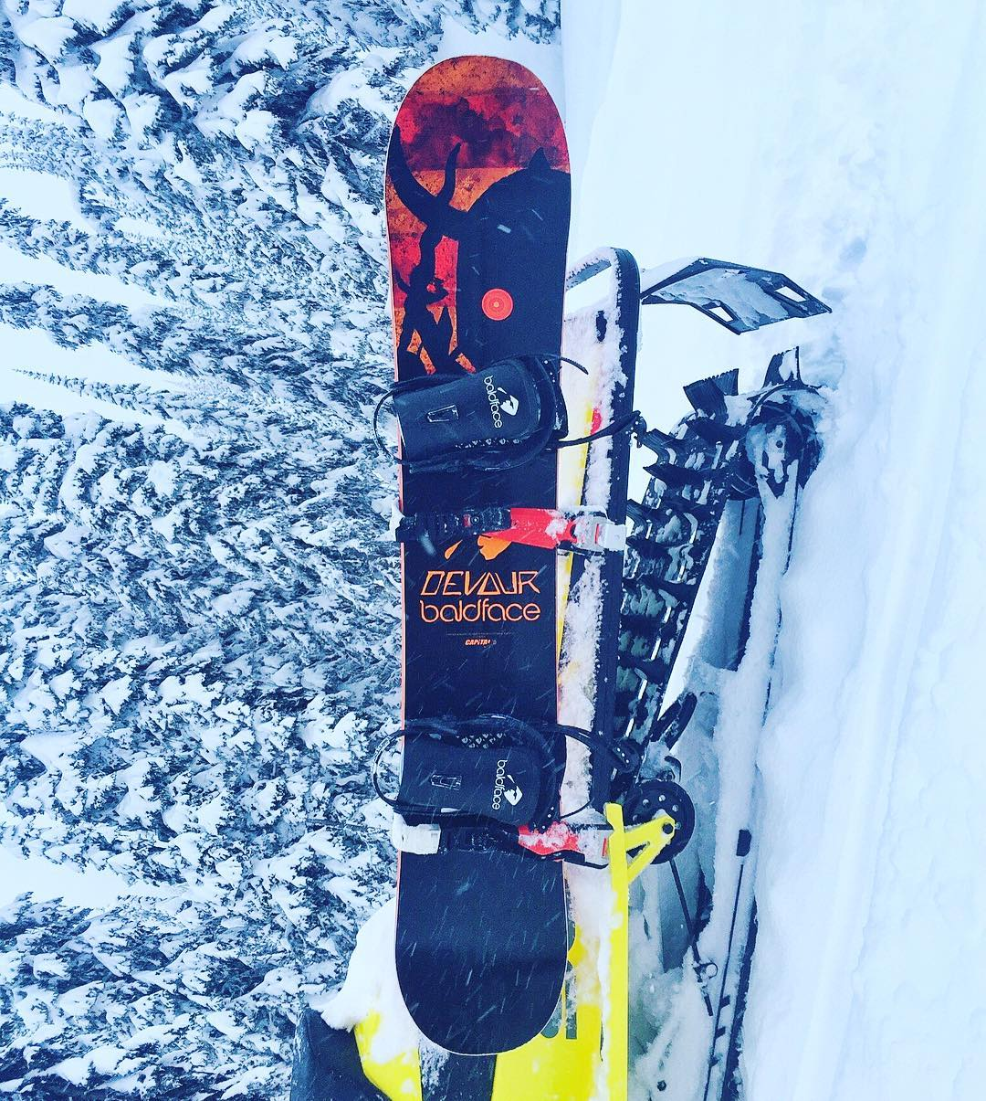 "My new favorite powder board: the Capita 158 ""Charlie Slasher"" model. This one even features custom graphics made for @BaldfaceLodge. It floats on the pow amazingly well, but still has a good tail for jumps and popping out of pow turns. I like. A lot...."