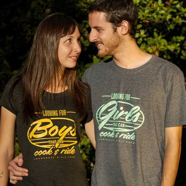 Look at these lovebirds. Are you also looking for Boys/Girls that can cook & ride? Say it with a t-shirt and have it all. Go to www.longboardgirlscrew.com/shop and get the swag. Support your scene supporters! #longboardgirlscrew #dateaskater...