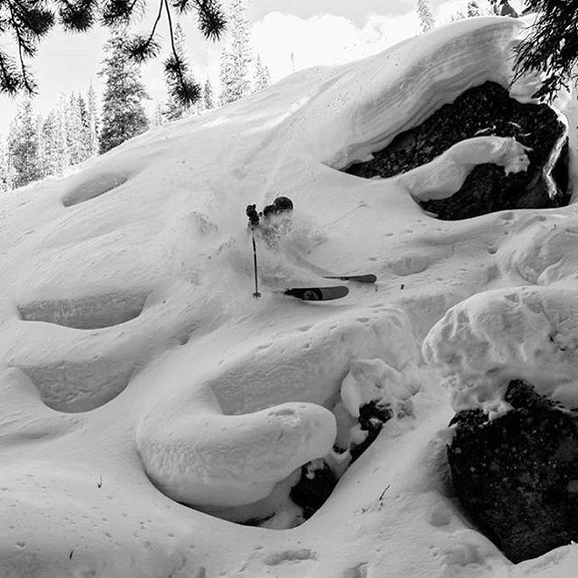 Colorado pillows.  Skier: @plumetunes PC: @dougtheskier  #embracethestorm   #flylowgear