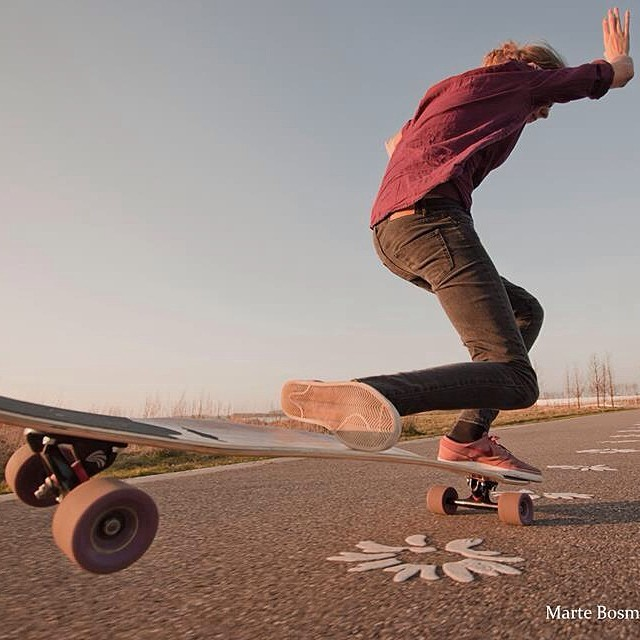 @martebosma kneeride nosemanual. Peter Lahr photo via @simplelongboards. Now go shred! #longboardgirlscrew #TheNetherlands