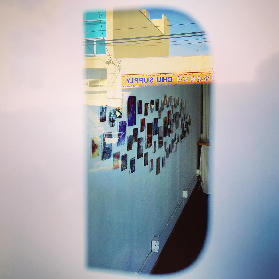 Took this #obscure photo of @geraldhawk 's #illuminating Art work through the window of the @thegreathighway Gallery