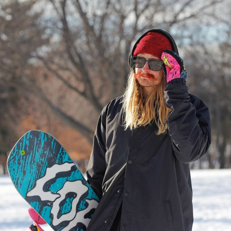 Fresh red stache and a pair of #Plimptons are all @hhelgason needs to get in the zone out here filming for #Dayumm