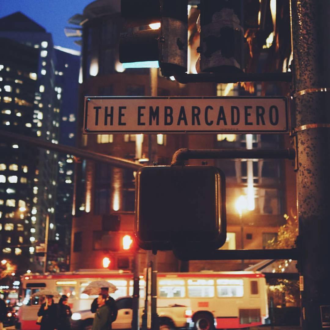 The Embarcadero  #Boombotix #SF #Photography #SoundOfTheBrave #Essential #Travel #SanFrancisco  Photo by: @abduzeedo