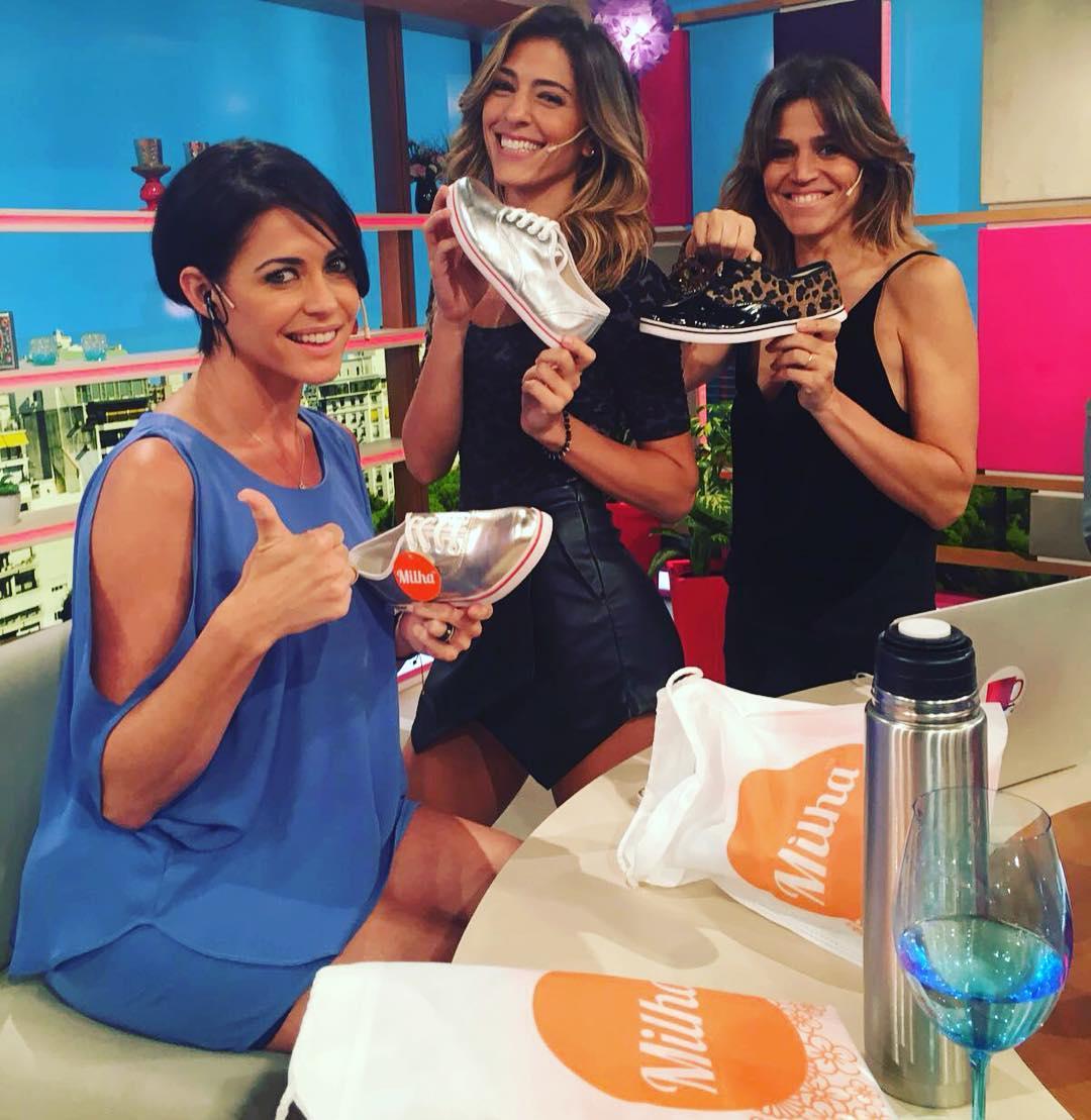 Desayunando con Pamela, hoy, bien temprano! Made to Enjoy! #desayuno www.milha.com.ar @milha_oficial