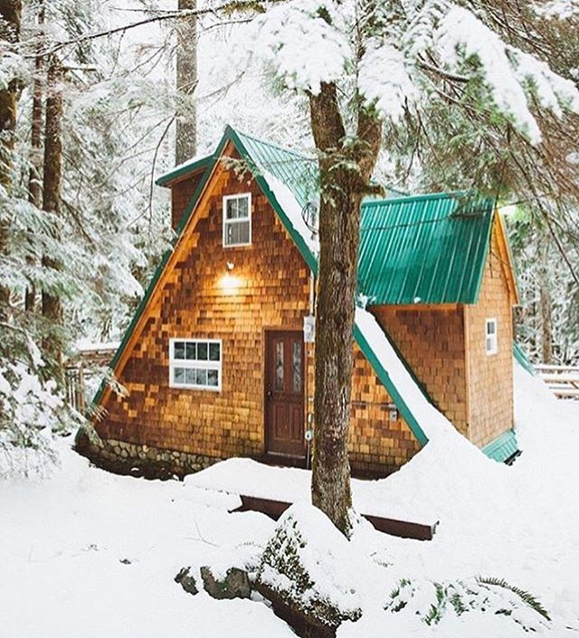 Some serious cabin vibes via @andrewtkearns