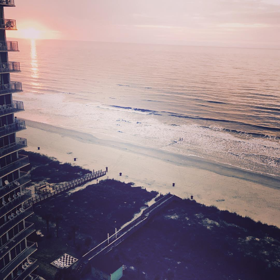 Gooooood morning from Myrtle Beach! Make it a great weekend! #findthesun #waveborn #riseandgrind