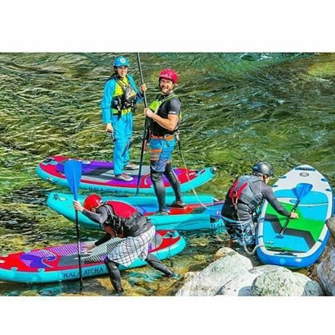 Happy Friday!  Go out paddle and catch an eddy with friends this weekend! Photo: @suppaul_pics #HalaGear #adventuredesigned #whitewaterdesigned #japan #standuppaddle #Paddleboard #inflatable #isup #sup #whitewatersup #eddy #rivers #Paddle