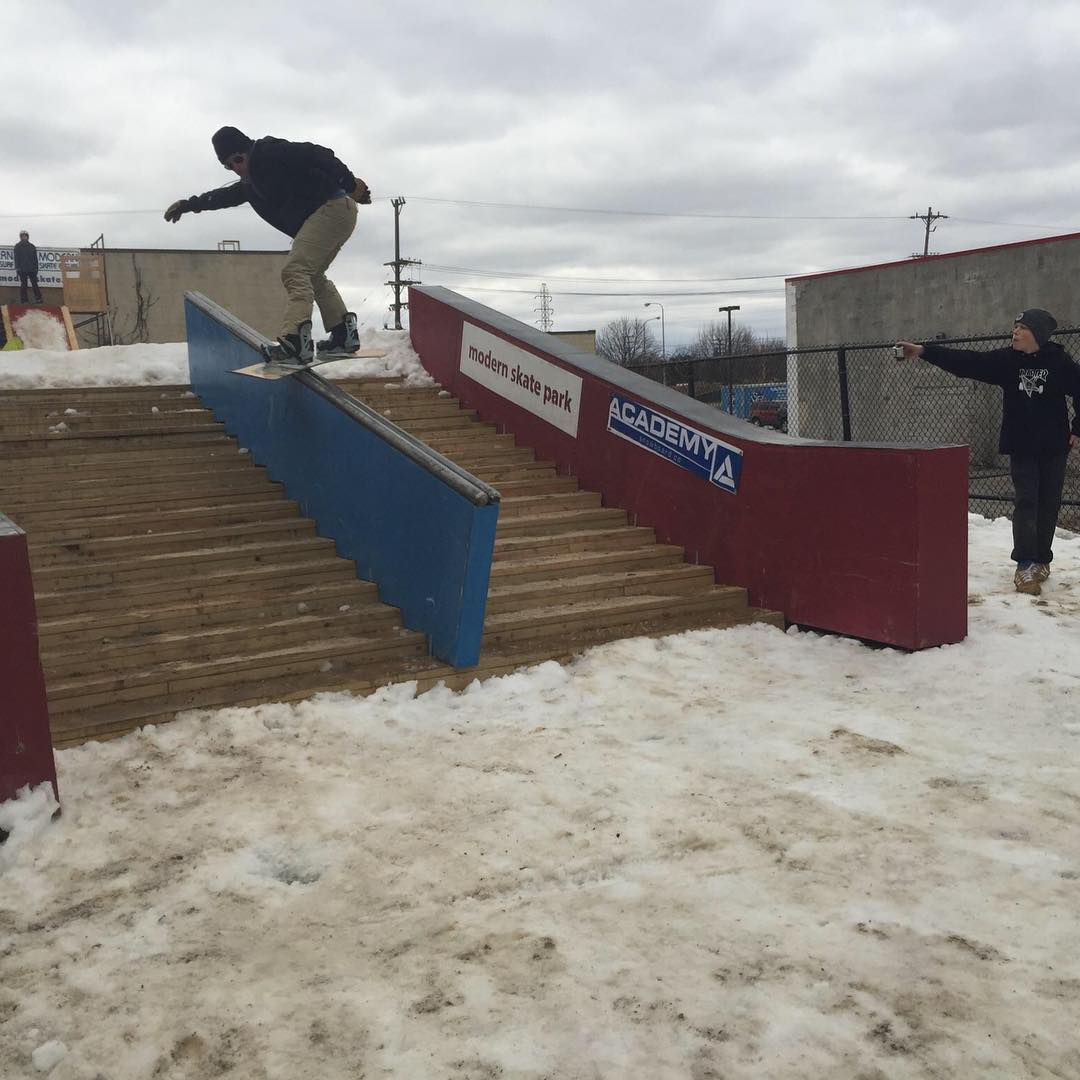 Literally in the back yard of @modernskate in Michigan!! #snowrailjam #supportlocal