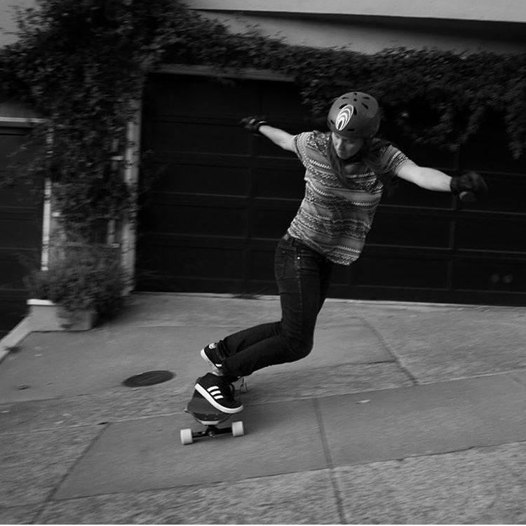 @fillbackside with that switch backside on a chunderous SF sidewalk. photo @davidhilbrand