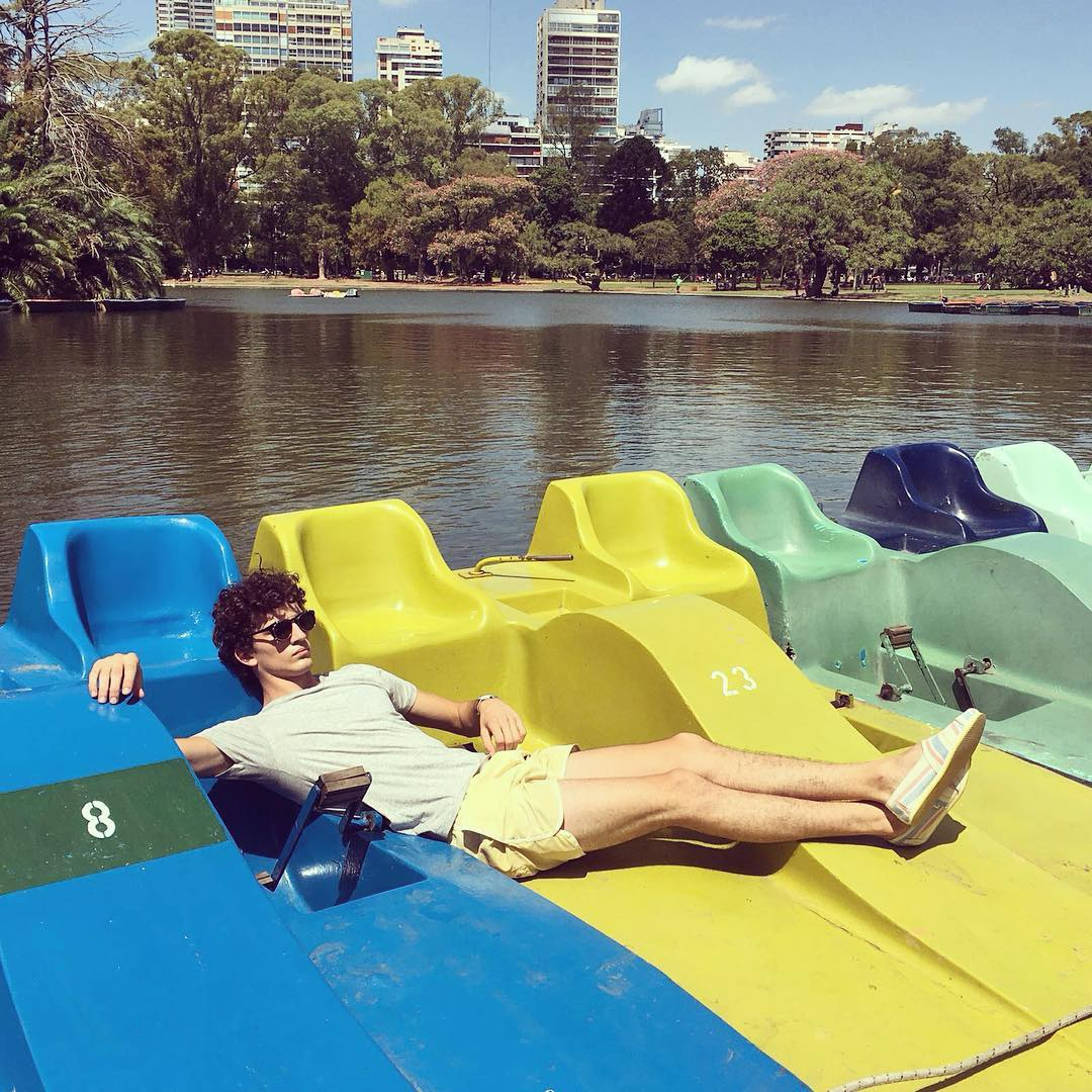Anticipando el verano desde la calurosisima y querida Buenos Aires ☀️ - Anticipating summer from the beloved Buenos Aires.  #BuenosAiresBuenaOnda coming very soon!