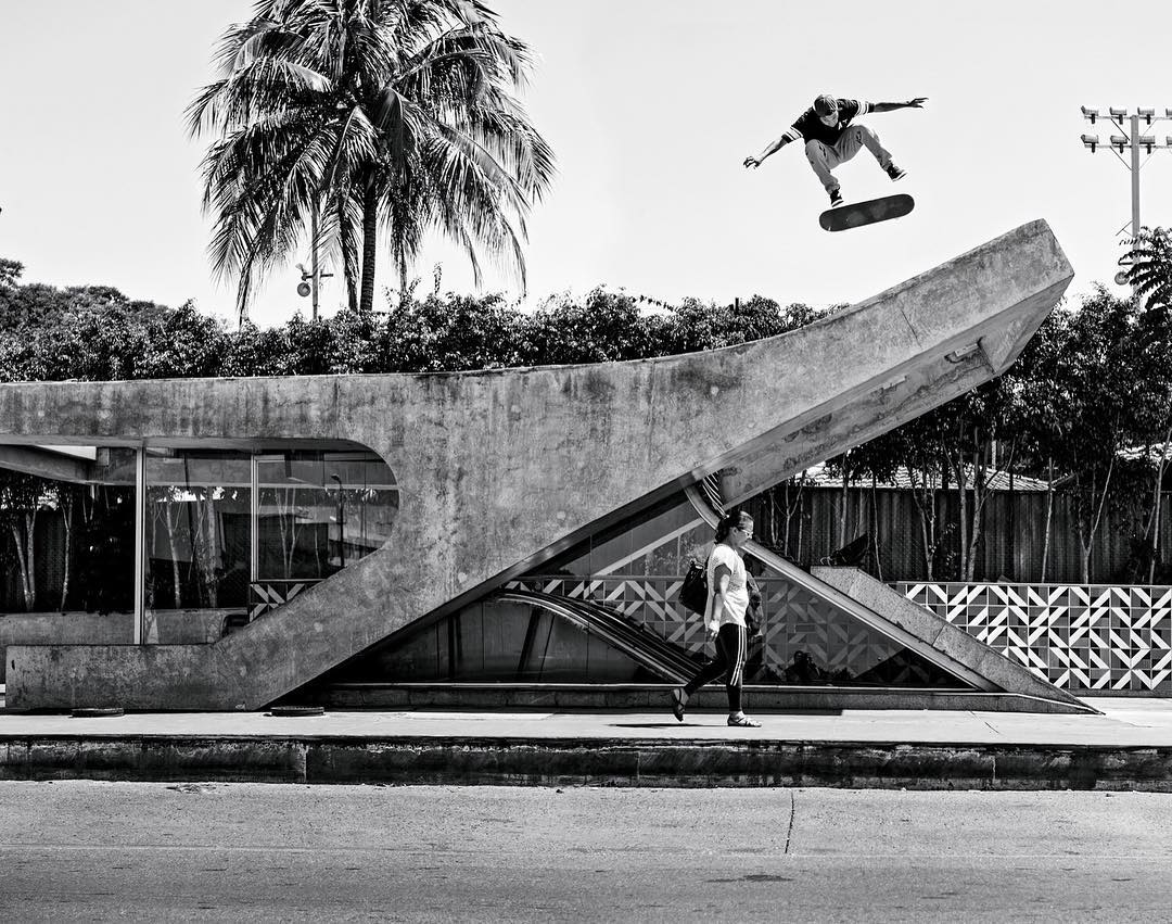Happy birthday @fgustavoo! Hope your day is as awesome as this switch flip! Photo: @blabacphoto #FelipeGustavo #DCShoes