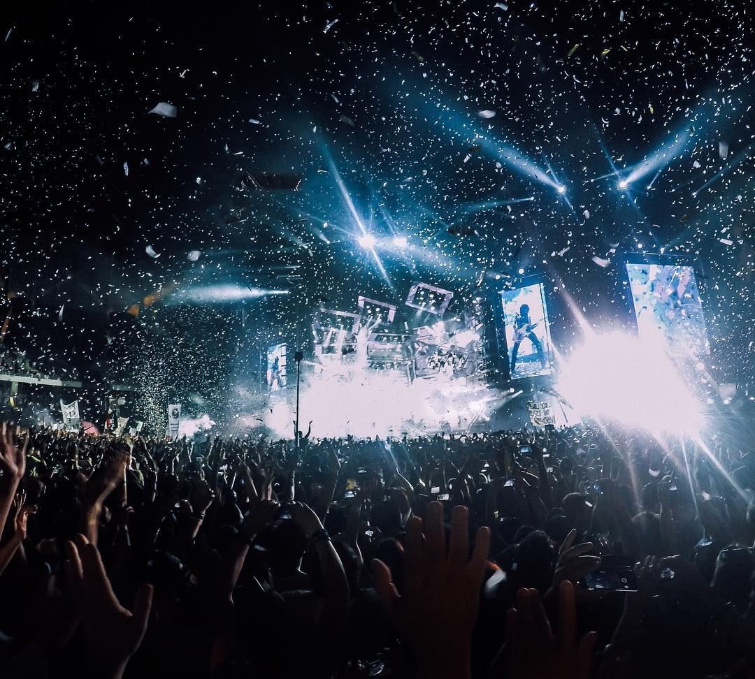 Let's go to #Italy with @dan_vit03 for #MusicMonday, who was soaking in the vibe during #livekom015, a summer concert tour featuring Vasco Rossi. Share your favorite shows with us via link in our bio. #GoPro #GoProMusic
