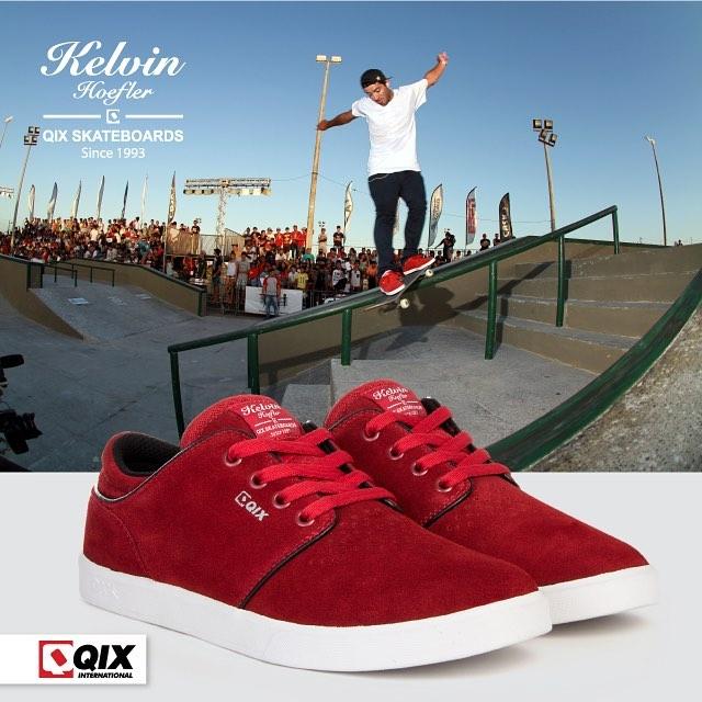 Pro Model @kelvinhoefler RED. Disponível nas lojas de todo o Brasil e na www.qixskateshop.com.br