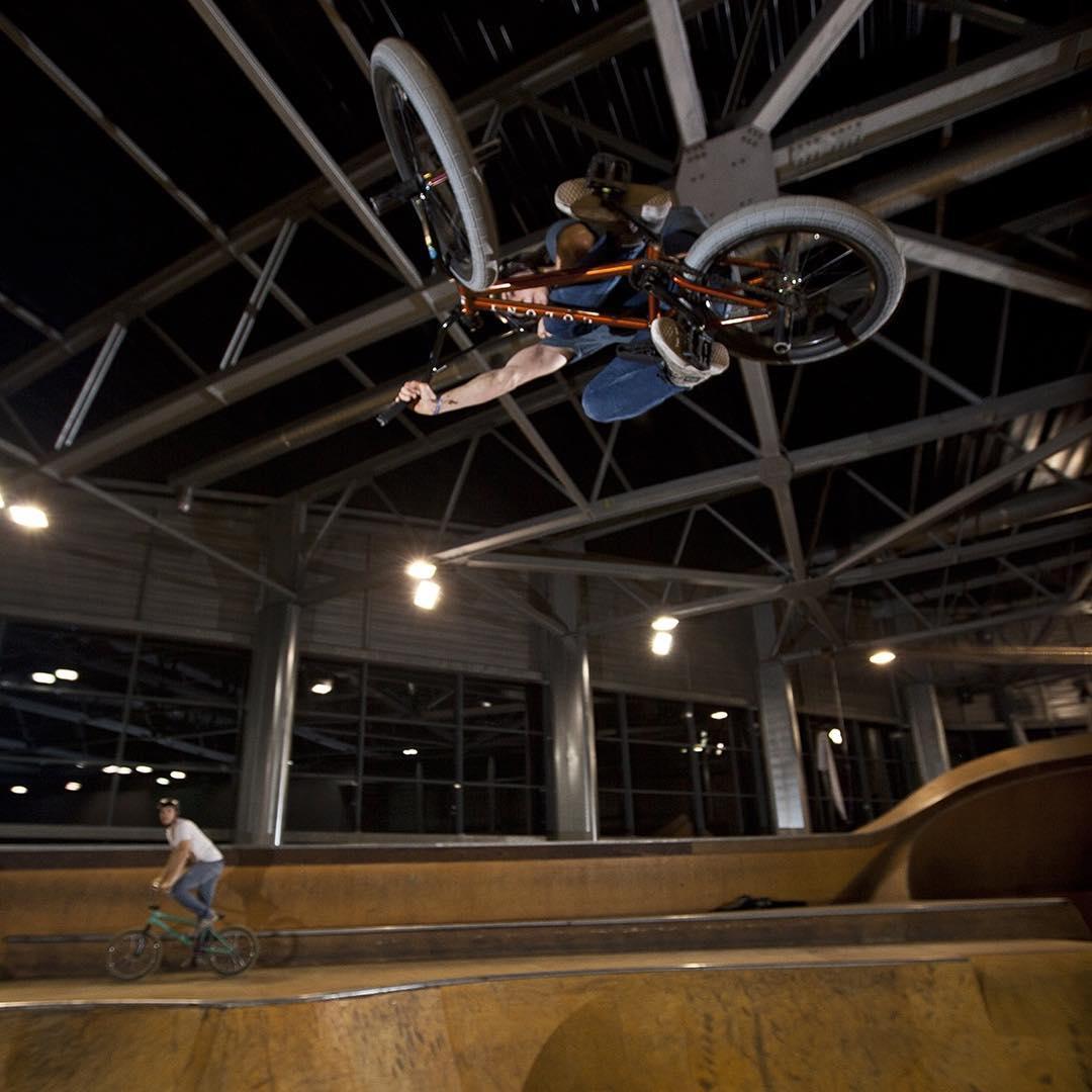 #TableTopTuesday! @tanguylabertrande killing his local spot! #SixSixOne #661Protection #BMX #Skatepark #DirtLidPlus #ProtectFun Photo @stephanenadin