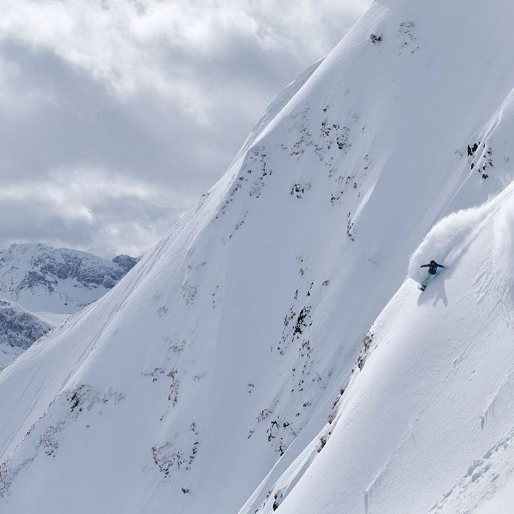 @robinvangyn earning those turns in the Italian Alps