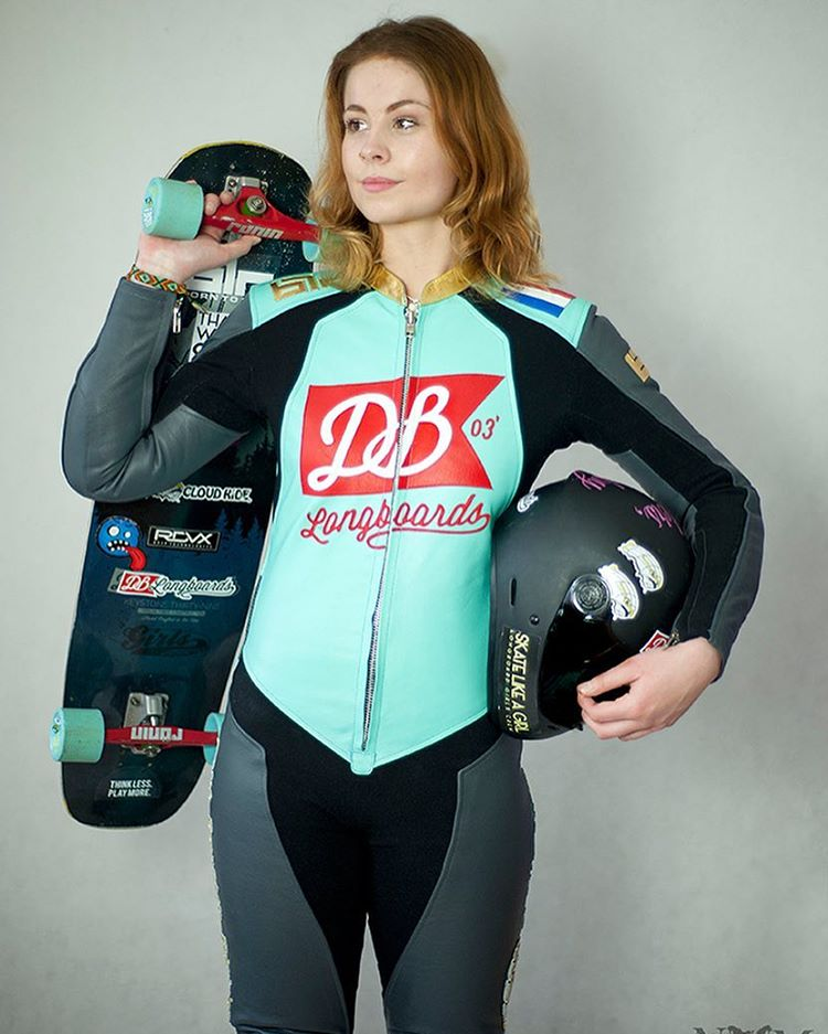 Team rider Rosanne Steeneken (@rosanne_onboard) is ready for the race season in her new BTR leathers. (Photo by @nata_zoja_mi_) #dblongboards #dbkeystone #longboardgirlscrew #longboard #downhillskateboarding