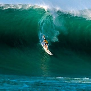 "Eddie x Redux Edition: 2nd time could be the charm for both The @Quiksilver in Memory of Eddie Aikau, and ambassador @gerglong, (seen here on his way to winning the contest the last time it ran in 2009) if the ""Bay calls the Day"" as expected this..."