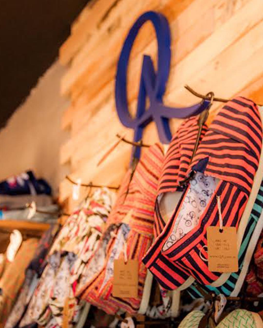 ● Encontrá todos los productos QA en nuestros locales exclusivos.  Hoy les compartimos el local de Las Cañitas, que se encuentra en la calle Migueletes 730 de Lun a Sáb de 10 a 20hs. Visitanos y llévate la prenda que más te guste.