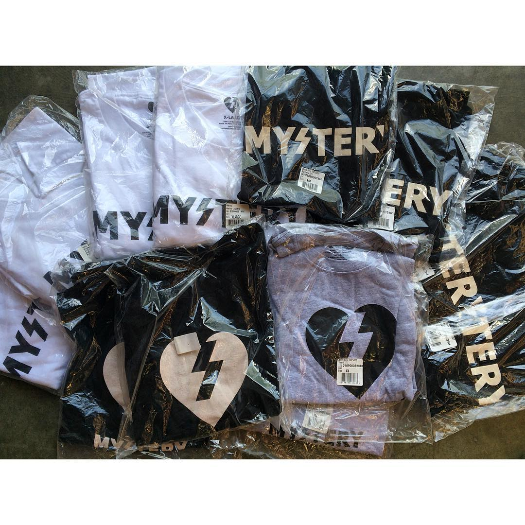 Fresh run of OG MYSTERY Tee's in the mix.